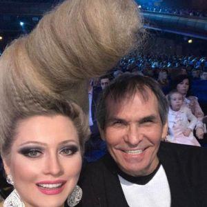 Подробнее: Бари Алибасов выразил недовольство новой прической Лены Лениной