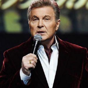 Подробнее: Льву Лещенко стало плохо на концерте
