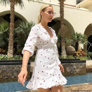 Подробнее: Елена Летучая публикует фото в бикини с отдыха на Маврикии