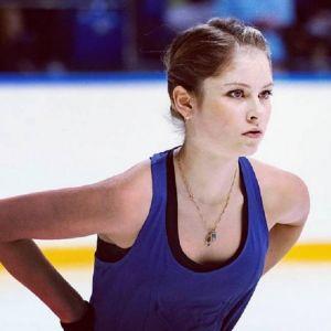 Подробнее: Юлия Липницкая о своем уходе из спорта, болезни, и отце