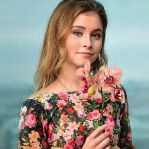 Подробнее: Юлия Липницкая показала диплом, а заодно и округлившийся живот