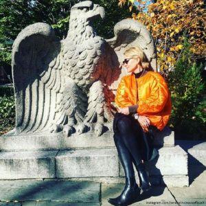 Подробнее: Рената Литвинова поддерживает Земфиру в ее гастрольном туре по США