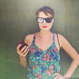 Подробнее: Рената Литвинова поделилась романтическим фото в купальнике с отдыха