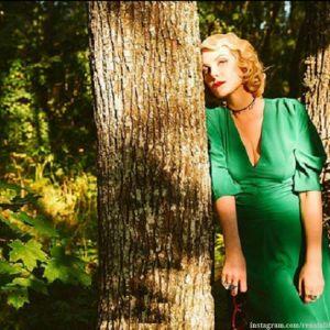 Подробнее: Рената Литвинова прошлась в Париже по подиуму без прически и макияжа