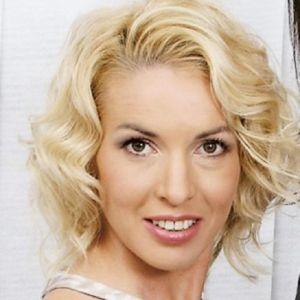 Подробнее: Ирина Лобачева тайком вышла замуж за молодого человека