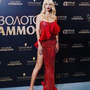 Подробнее: Светлана Лобода в купальнике восхитила длинными ногами