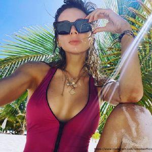 Подробнее: Светлана Лобода поделилась пляжными фото с младшей дочерью