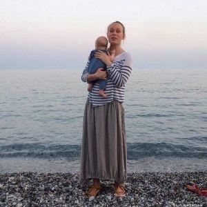 Подробнее: Ольга Ломоносова поделилась фото подросшего сына в бассейне