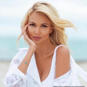 Подробнее: Виктория Лопырева показала шикарный купальник