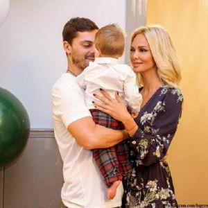 Подробнее: Виктория Лопырева отправилась с мужем на медовый месяц в Париж