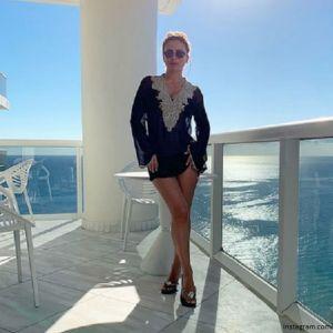 Подробнее: К Ани Лорак в Майами прибыл муж