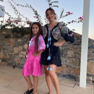 Подробнее: Ани Лорак покоряет морскую волну на вейксерфе в Греции