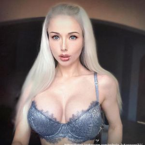 Подробнее: Барби Валерия Лукьянова накачала тело