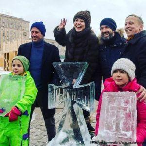 Подробнее: Елена Лядова с Владимиром Вдовиченковым приняли участие в новогоднем фестивале «Ледовая Москва»