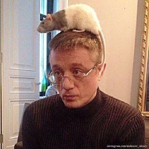Подробнее: Алексей Макаров показал редкое фото с сестрой-дочерью Любови Полищук