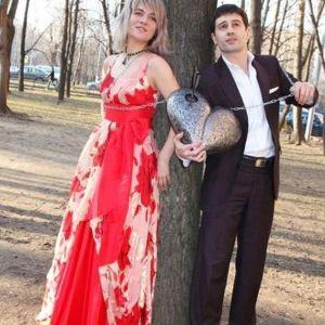 Подробнее: Жена Антона Макарского молится за хорошего зятя