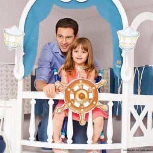 Подробнее: Дочь Антона Макарского снялась  в фотосессии и получила первый гонорар