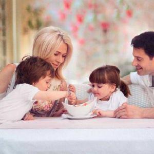 Подробнее: В день рождения сына Макарские опубликовали фото подросшего малыша