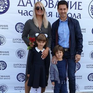 Подробнее: Жена Антона Макарского поделилась милым семейным снимком