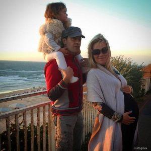 Подробнее: Жена Антона Макарского попала в больницу из-за ребенка