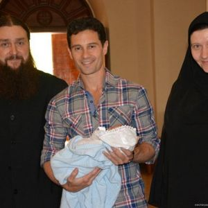 Подробнее: Жена и сын Антона Макарского попали в больницу