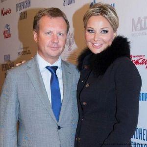 Подробнее: Мария Максакова не верит ни любовнице мужа, ни Шепелеву