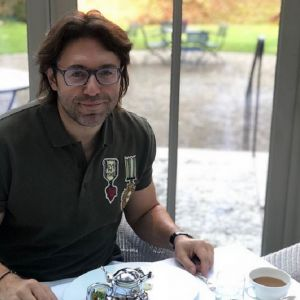 Подробнее: На Андрея Малахова подал в суд Кашпировский