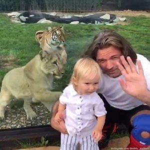 Подробнее: Дмитрий Маликов выбрал для себя и 1,5-годовалого сына одинаковые плавки с кактусами