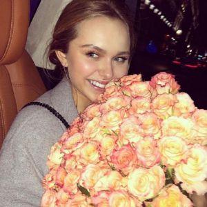 Подробнее: Дочь Дмитрия Маликова сегодня отмечает совершеннолетие