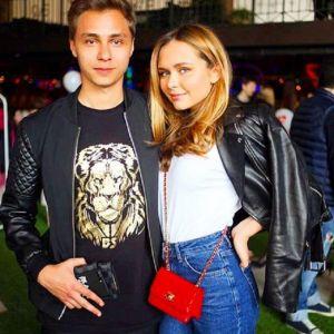 Подробнее: Стефания Маликова пришла поздравить подругу брата со своим бойфрендом