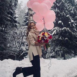 Подробнее: Стефания Маликова поделилась кадрами и мыслями с 19-го дня рождения