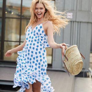 Подробнее: Стефания Маликова показала платья собственного дизайна