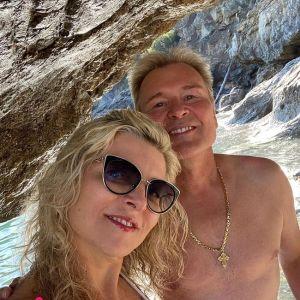 Подробнее: Жена Александра Малинина поразила своей фигурой в купальнике