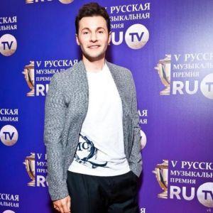 Подробнее: Как Вячеслав Манучаров встретил новую любовь