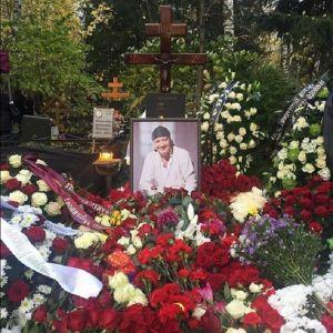 Подробнее: Нарколог выдвинул свое предположение по поводу смерти Дмитрия Марьянова
