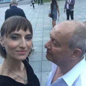 Подробнее: Вдова Дмитрия Марьянова недолго горевала и через месяц завела любовника