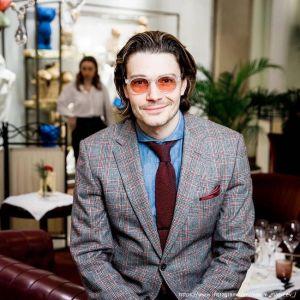 Подробнее: Максим Матвеев жалуется на семейную жизнь