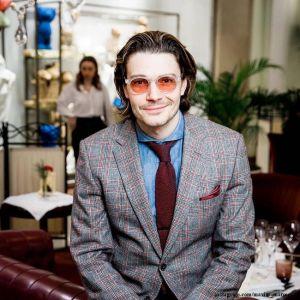Подробнее: Максим Матвеев показал, как следит за своей внешностью