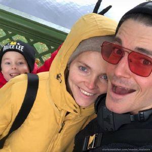 Подробнее: Максим Матвеев поделился семейным фото с прогулки по Санкт-Петербургу