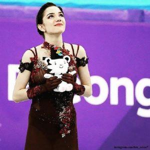 Подробнее: Почему Евгения Медведева проиграла олимпийское золото