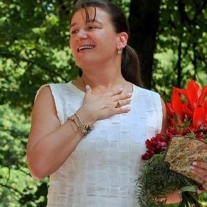 Подробнее: Анастасия Мельникова тайно сыграла свадьбу