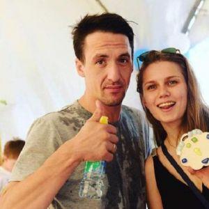 Подробнее: Дарья Мельникова запечатлела прогулку сына на велосипеде