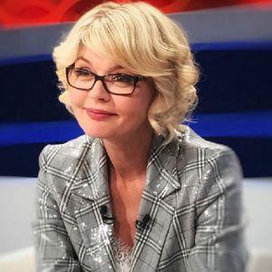 Подробнее: Юлия Меньшова помолодела на карантине