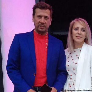 Подробнее: Андрей Мерзликин признался в любви своей жене в годовщину свадьбы