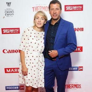 Подробнее: Андрей Мерзликин взял жену на кинофестиваль в Выборг