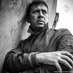 Подробнее: Андрей Мерзликин был госпитализирован после спектакля