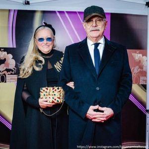 Подробнее: Жена Никиты Михалкова ради любви отказалась от карьеры за рубежом