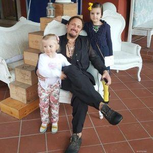 Подробнее: Стас Михайлов не выдержал предательства и ушел от жены