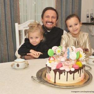 Подробнее: Стас Михайлов не хочет видеть своих детей мажорами
