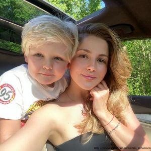Подробнее: Анна Михайловская показала, как проводит карантин с сыном
